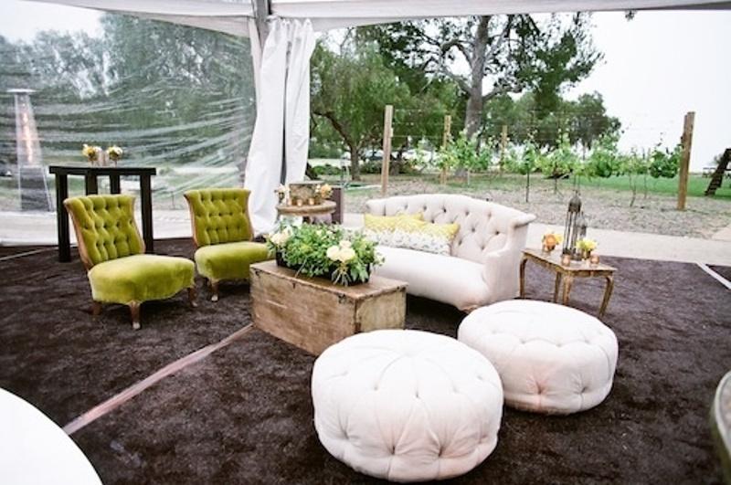 40 Amazing Outdoor Wedding Lounge Ideas - Weddingomania
