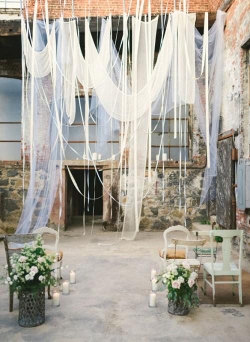 Diy Indoor Wedding Decorations : Creative indoor wedding ceremony backdrops weddingomania