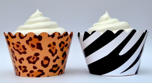cupcakes in zebra and leopard lines are great for a safari wedding