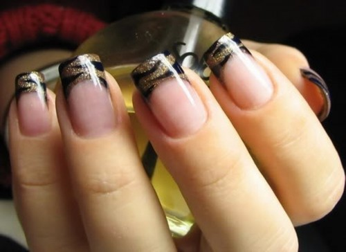gold zebra print wedding nails will make you stand out a lot, whether you are a bride or a bridesmaid
