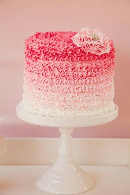 Pretty Fabulous Ombre Wedding Cakes
