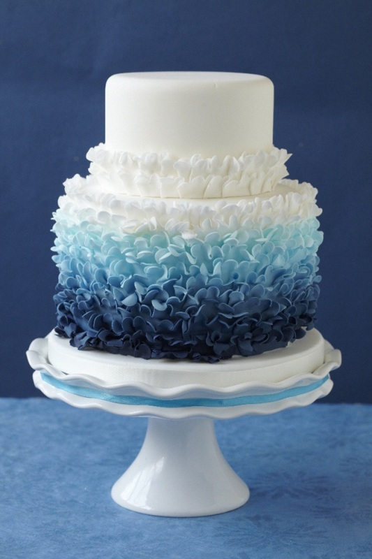 Pretty Fabulous Ombre Wedding Cakes