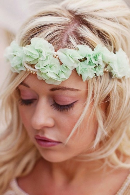 a fabric mint flower crown with beads is a nice and simple idea for a bride or bridesmaid