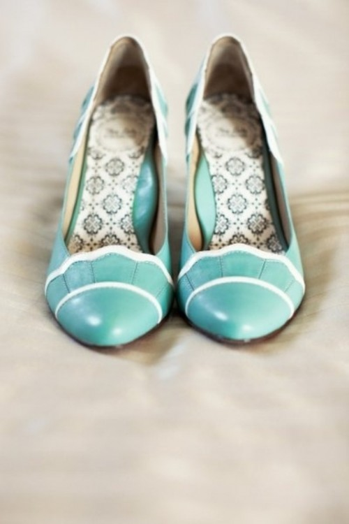 mint and white vintage-inspired wedding shoes is a nice pastel touch to the bridal look