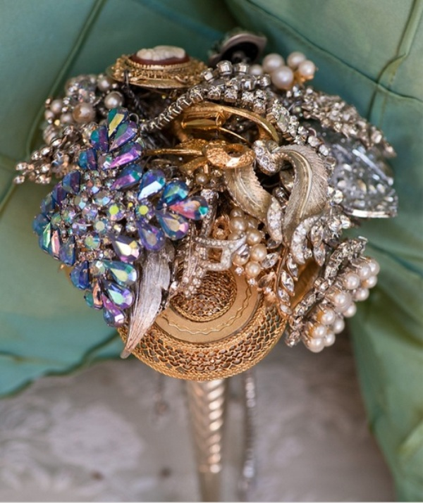 Unique Wedding Flower Arrangements: Picture Of A Shiny Bright Embellished Brooch Wedding