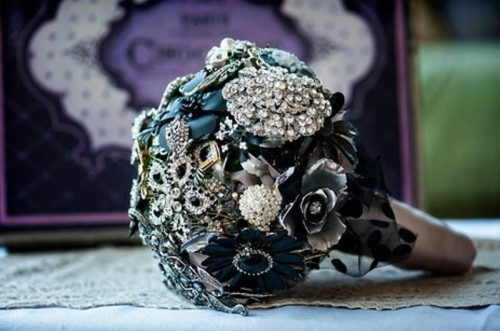 a chic and sparkly wedding bouquet of vintage brooches and ribbons is a very eye-catchy idea