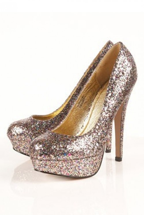 rose gold glitter platform wedding shoes with high heels are a lovely accent for a bride