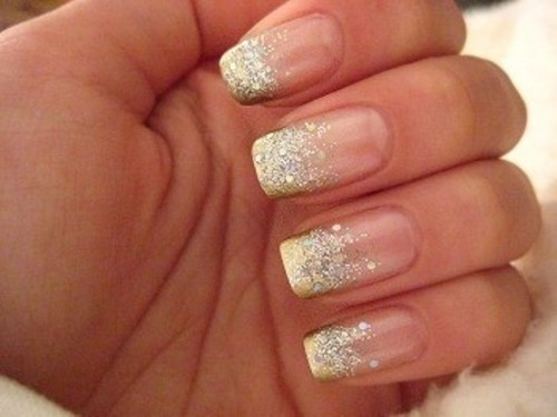 gold glitter French manicure is a fresh take on classics that will add a glam feel to the look