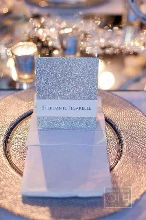 a silver glitter card is a perfect idea for a modern glam wedding and it can make a cool accent any time