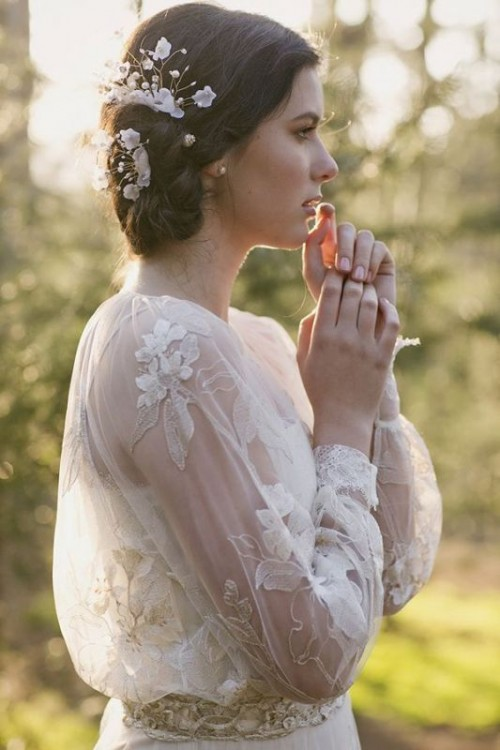 43 Romantic And Exquisite Sleeve Wedding Dresses
