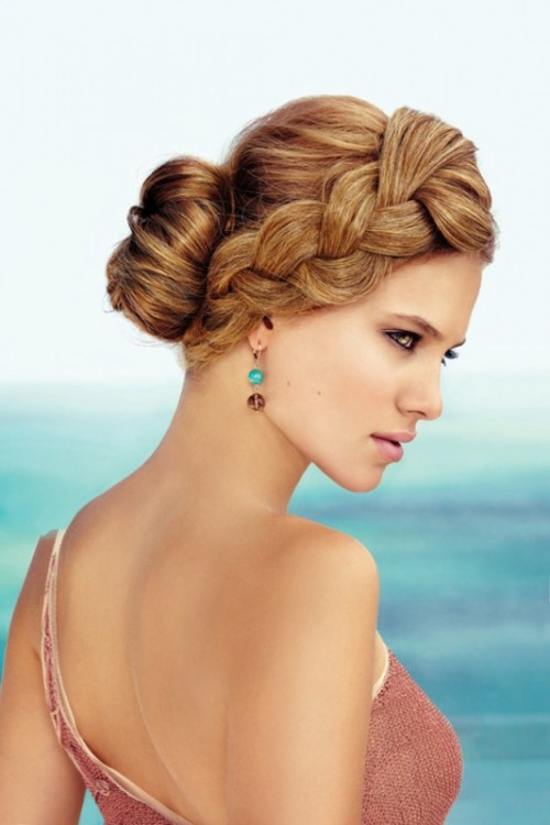 a low bun with a bump and a large braid on one side is a gorgeous and beautiful option