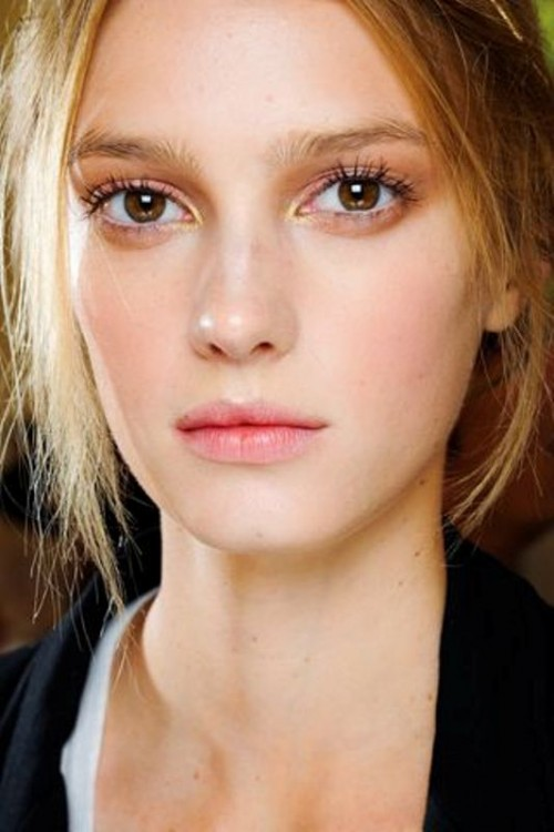 6 Must Haves For Creating Romantic, Fresh Faced And Modern Bridal Look
