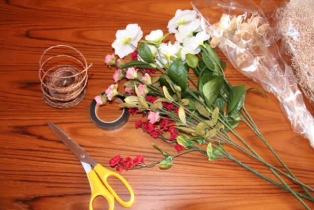 Picture Of Bohemian DIY Flower Crown For Charming Brides 2