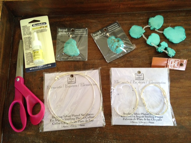Picture Of Cute DIY Bridesmaids' Jewelry Gifts 2