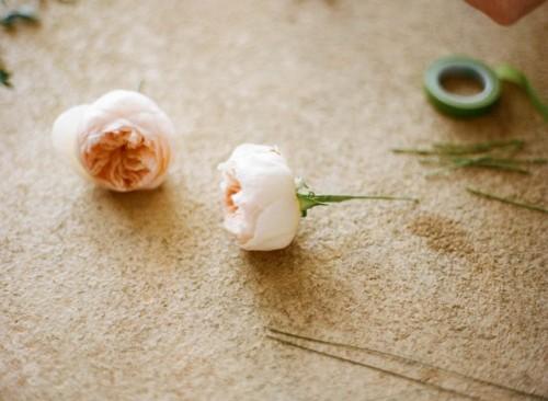 DIY Floral Balloon Garland For Wedding Decor