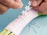 Delightful DIY Bridesmaid's Bouquet Wraps With Ribbon 7