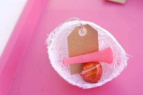 Delightful DIY Cocoon Wedding Favor Wraps