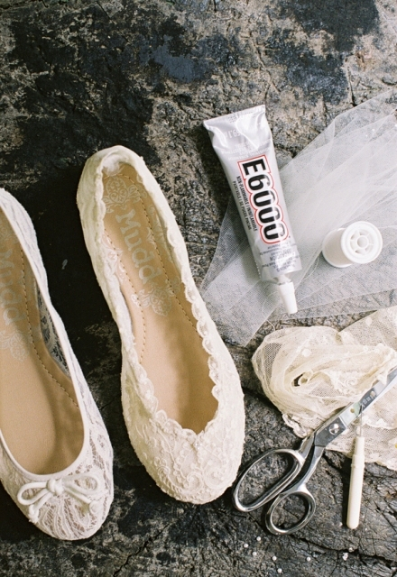 Picture Of Dreamy DIY Lace Ballet Flats For Brides 2
