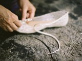 Dreamy DIY Lace Ballet Flats For Brides3