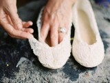 Dreamy DIY Lace Ballet Flats For Brides9
