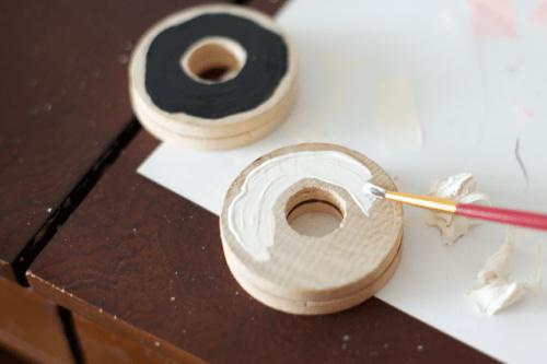 Funny DIY Donut Wedding Cake Topper