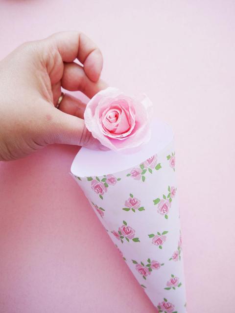 Picture Of Gentle DIY Wedding Confetti Cones 9