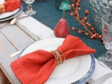 Glamorous DIY Gold Wire Napkin Rings For Fall Weddings