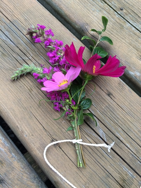 Bold DIY 'I Do' Graphic Boutonniere