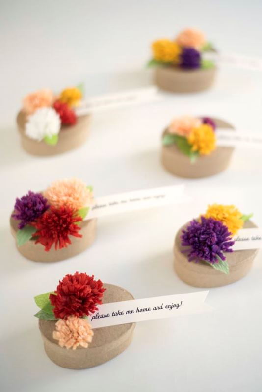 Picture Of adorable diy fall paper flower favors for your wedding guests  1