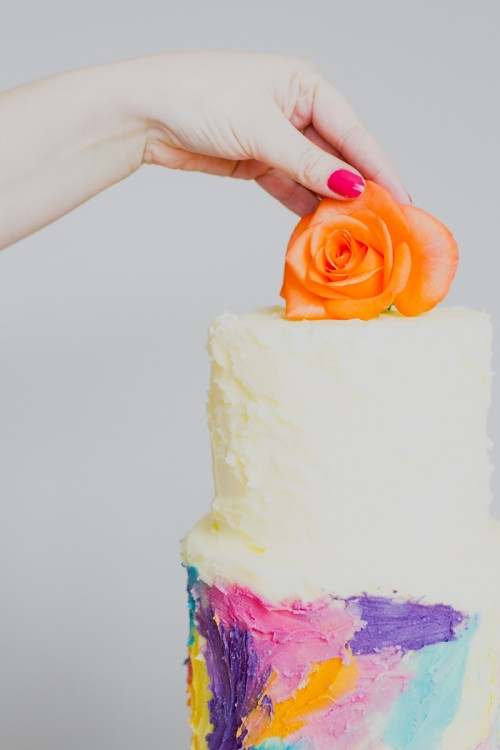 Adorable DIY Painted Watercolor Wedding Cake