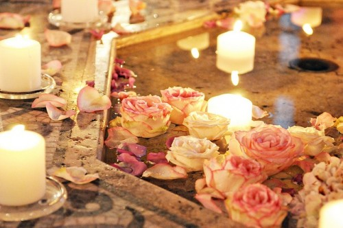 Adorable Floating Flower Wedding Decorations