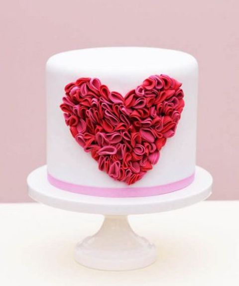 Adorable Valentineu0027s Day Wedding Cakes