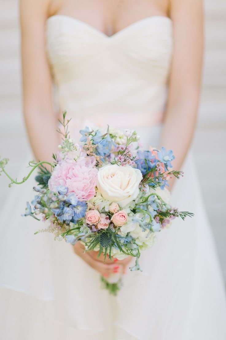Picture of adorably fresh and romantic spring wedding bouquets junglespirit