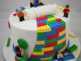 all-about-grooms-cake-tradition-and-30-garish-examples-to-please-your-man-13