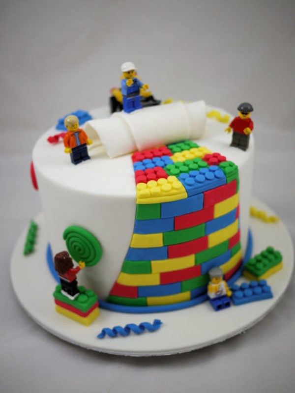 Picture Of all about grooms cake tradition and 30 garish examples to please your man  13