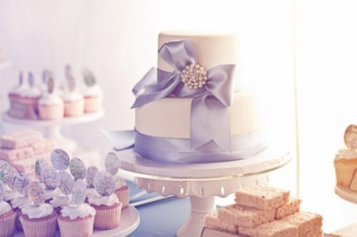 Amazing Cakes For Your Winter Wedding