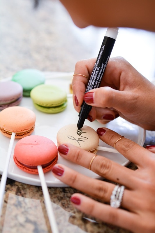 Cake Decorating Edible Ink : Picture Of Amazing Diy Macarons Cake Topper With Edible Ink