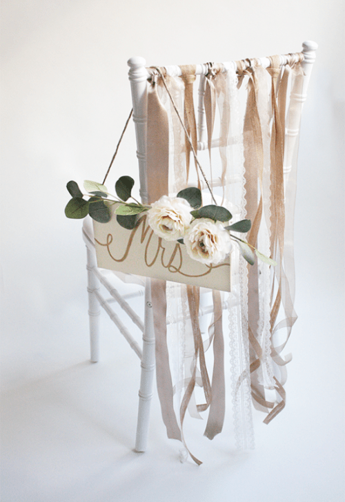Amazing DIY Ribbon Bride And Groom Chairs' Signs