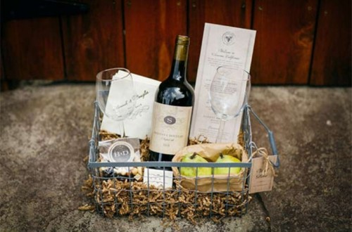 Amazing DIY Winery Themed Wedding Welcome Basket