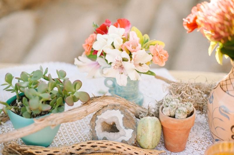 Amazing Free People Inspired Boho Wedding Photo Session