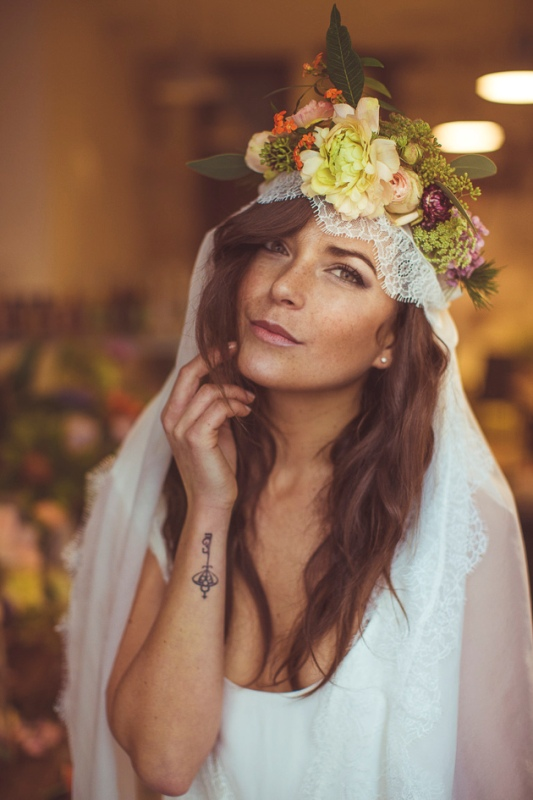 Picture Of amazingly eclectic boho folk wedding inspiration  14
