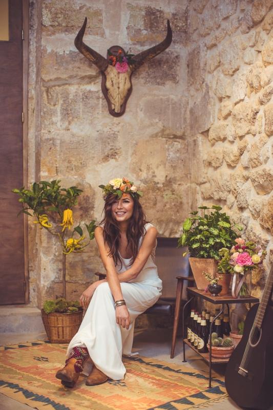 Picture Of amazingly eclectic boho folk wedding inspiration  15