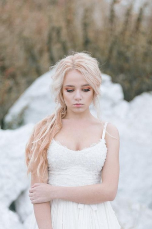 'Ange Ou Demon' Inspired Winter Wedding Inspiration