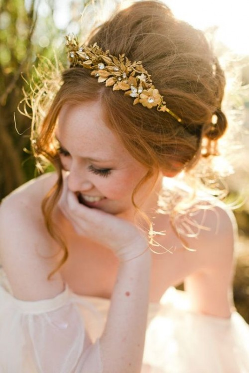 a copper flower rhinestone wedding headpiece for a romantic and elegant vintage bridal look