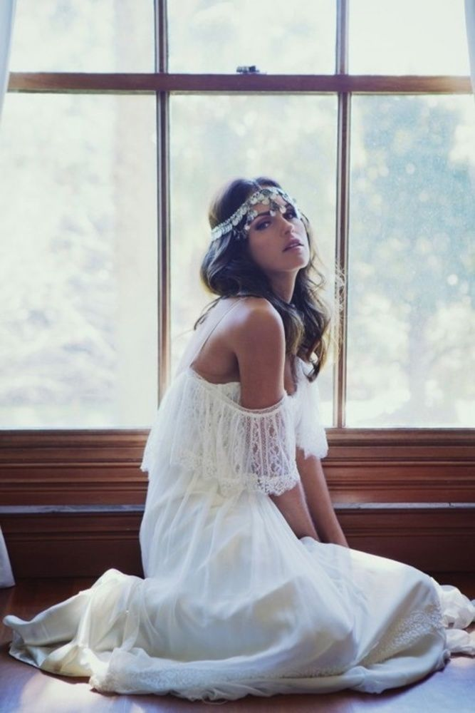 a full silver coin headpiece is ideal for a Moroccan bride