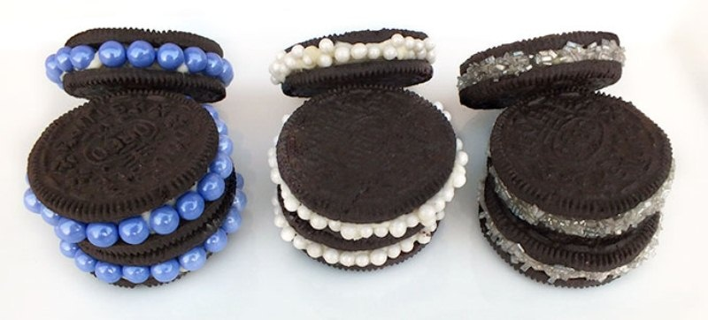 Picture Of awesome diy decorated oreo cookie favors for wedding guests  3