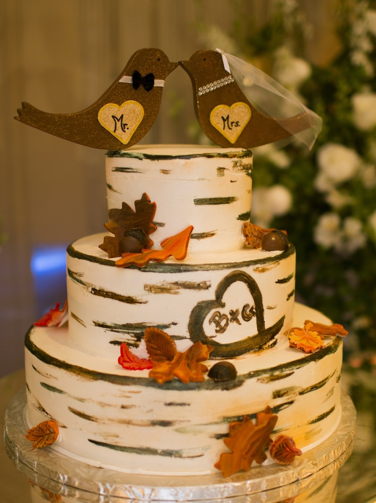 Picture of awesome fall wedding cakes for Fall cake ideas