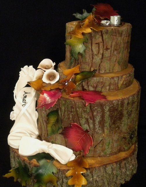 Fondant Leaves Wedding Cake