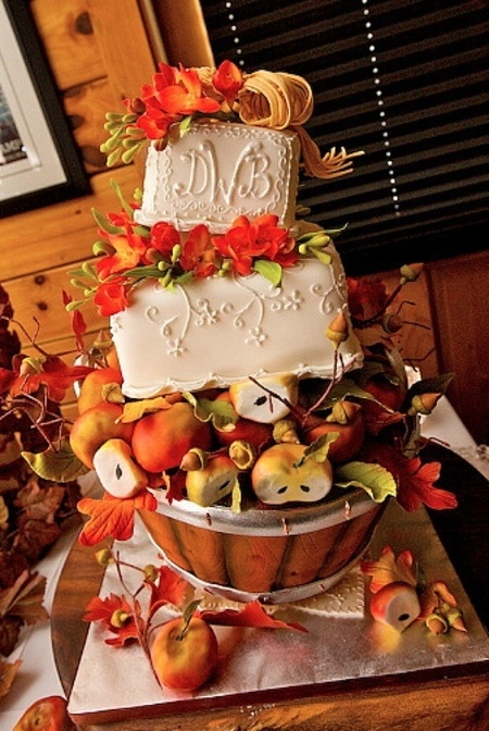Awesome Fall Wedding Cakes