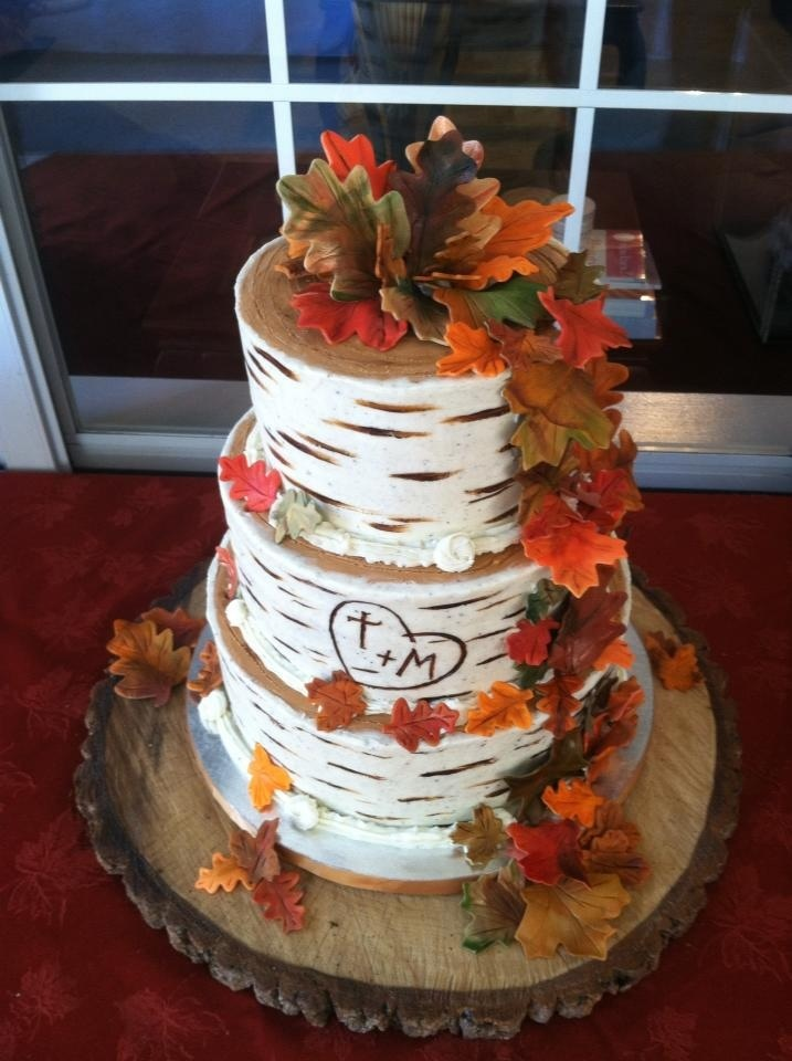 64 Awesome Fall Wedding Cakes - Weddingomania